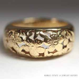 Ming's Hawaii Plum Blossom Dome Ring